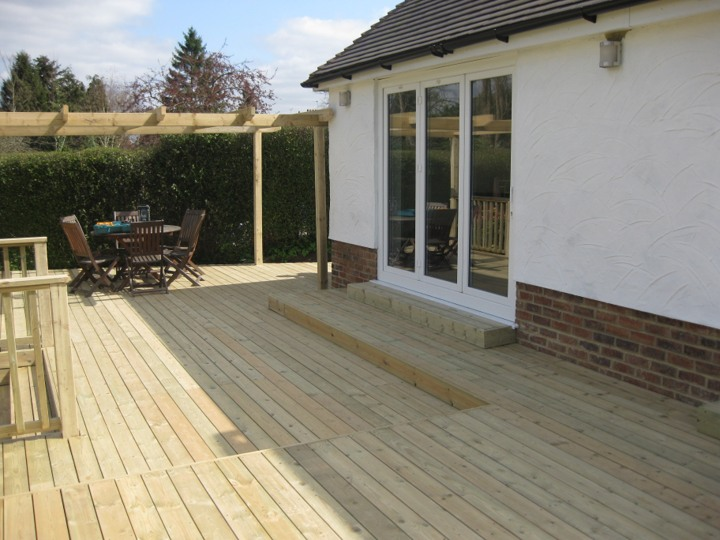 JC Scapes Ltd - Decking